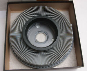 Kodak Carousel Slide Tray Holds 140 with Lock Ring 104-6044 w/Box - USED DTD