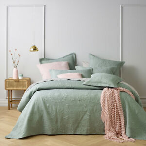 Bianca Florida Sage Bedspread Set Coverlet Queen, King, Super King Bed Sizes