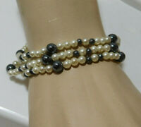 "14k Yellow Gold White Pearl Black bead 3 strand 7.5"" Bracelet 8e 81"