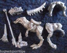 1995 Elfo Oscuro 75910 fría Caballero estándar Ciudadela caballería Warhammer ejército Drow