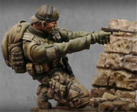 1/24 75mm Special Forces Soldier Unpainted Resin Figure Model Kits With Stand GK