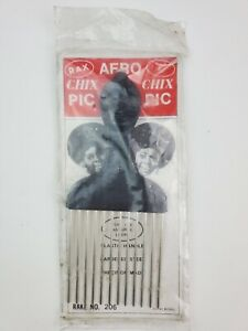 Vintage 1970's Afro Chix Afro hair Pick plastic handle tribal face new sealed