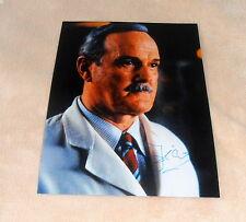 John Cleese * Monty Python, James Bond * ORIGINALE SIGNED FOTO in 20x25 (8x10 pollici)