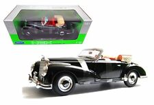 WELLY 1:18 1955 MERCEDES-BENZ 300S Diecast Car Model 19859W-BK