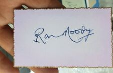 BRITISH ACTOR RON MOODY HANDSIGNED CARD