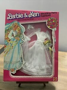 VINTAGE Superstar Barbie & Ken Wedding Party Fashions Here Comes The Bride NRFB