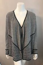 Stunning Chico's Black White Chevron Striped Cotton Cardigan Sweater Size 1