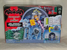1998 BATMAN and ROBIN MR. FREEZE OBSERVATORY Micro Playset MIB