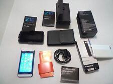 BlackBerry Z10 - 16GB - Smartphone- With Extras -On Verizon