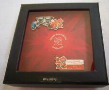 Orig. 2er Pin Set   Olympische Spiele LONDON 2012 - RINGEN / in Box  !!  RARITÄT