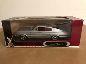 ROAD SIGNATURE 1:18 SCALE 1966 DODGE CHARGER
