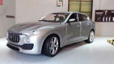 Voitures miniatures gris pour Maserati