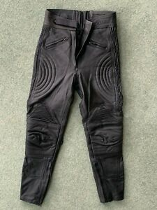 LADIES BIKER TROUSERS. HEAVY DUTY BLACK LEATHER. UK SIZE 12