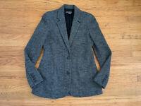 New VINCE Womens sz 4 Gray Chervon textured long blazer jacket