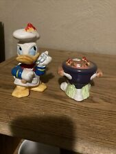 Vtg Disney Enesco Donald Duck Bbq Grill Salt & Pepper Shakers