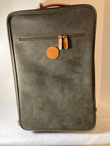 """Bric's Olive Leather 21"""" Rolling Carry-On Luggage/Suitcase Style: BLF01178"""