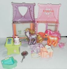 My Little Pony hair Salon with Accessories & 2 my little Ponies! - vintage