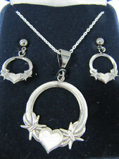 Montana Silversmiths - Western Claddagh Barbed Wire Heart Set - (JS1119MA) - New