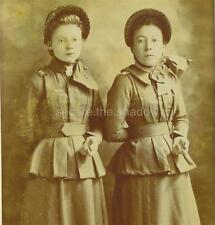 CABINET CARD PHOTO: Two Young WOMEN SALVATION ARMY SOLDIERS Making HAND GESTURE