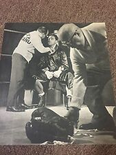 ROCKY MARCIANO SITS RING SIDE IN BOXING ROBE HANDS TAPED UP CLASSIC CHAMP