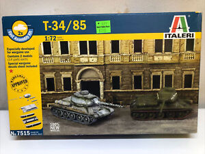 Italeri 7515 1/72 scale T-34/85 - 2 Fast Assembly Model Kits