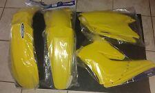 KIT PLASTICHE SUZUKI RMZ 250 2004 2005 2006 04 05 06 KIT 4 PZ COLORE GIALLO