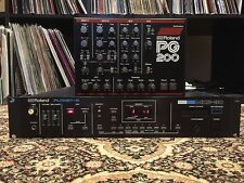 Roland MKS-30 Planet S with PG-200 Controller - Excellent Condition, w/ Manual