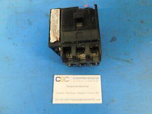 QO3801021- SQUARE D 80A AMP 3P POLE 240V PLUG ON QO BREAKER W/120V SHUNT -U FLAW