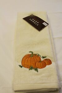 Embroidered  Pumpkins & Vine Thanksgiving, Fall,  Autumn Set of 2 Hand Towels