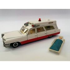 DINKY TOYS n.288 / SUPERIOR RESCUER CADILLAC AMBULANCE (ANNO 1973) SCALA 1:43