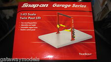 1.43 SNAP ON TWIN POST LIFT HOIST  GARAGE SERIES  DIORAMA TRUE SCALE MINIATURES