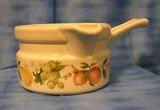 Wedgewood - Quince pattern - Gravy Boat