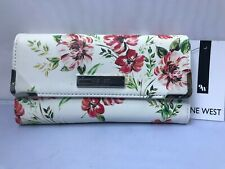 Nine West  Organizer Wallet Textured Synthetic Leather Snap Close Tri-Fold