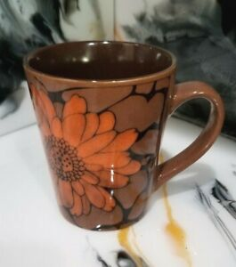 Pebble Flower Gourmet Basics by Mikasa 12 ounce Mug Coffee Cup Set 2
