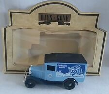 LLEDO DAYS GONE 1934 FORD MODEL A VAN OXYDOL SOAP POWDER DIECAST BOXED