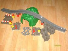 Lego Duplo Eisenbahn Set, wie Tunnel,Brücke,Schienen,weichen,B.Übergang usw.