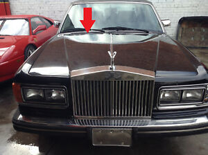 81 to 98 Rolls Royce Silver Spirit RIGHT WINDSHIELD COWL grill with frame