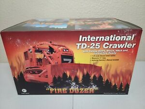 International IH TD-25 ROPS Winch Fire Dozer First Gear 1:25 Scale #49-0104 New!