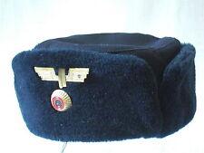ORIGINALE Inverno Pelliccia Berretto per donna blu DDR Reich ferroviario con distintivo