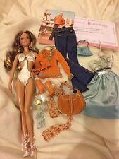 Etiqueta Rosa, en la ubicación South Beach Muñeca Barbie (deboxed)