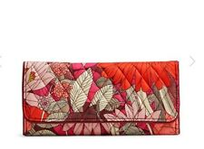NEW Vera Bradley Trifold Wallet in Bohemian Blooms. Retail $42