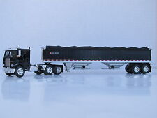 DCP 1/64 SCALE WHITE FREIGHTLINER CABOVER BLACK W WILSON GRAIN TRLR BLACK
