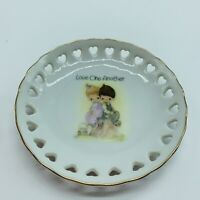 "PRECIOUS MOMENTS PLATE with HEARTS ""Love One Another"" Art Painted 4"""