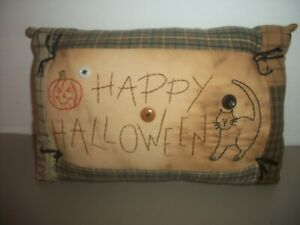 """10"""" x 6"""" Primitive Tea Stained Stitched """"Happy Halloween"""" Decorative Pillow"""