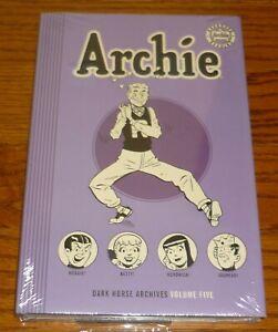 Archie Archives Volume 5 DAMAGED, Dark Horse Comics HC Archie #15-18 Pep # 54-56