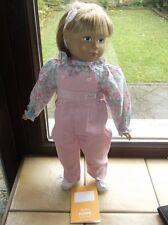 Puppe Stehpuppe Firma Sigikid ca. 50cm groß mit drehbaren Kopf blondes Echthaar