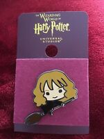 Universal Studios Wizarding World of Harry Potter Pin HERMIONE Broom NEW on Card