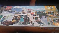 Lego Creator Modular Winter Vacation 31080 NEW