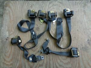 Volvo 740 760 940 Wagon Front and rear Seat Belt Right + Left Set of 4 belts