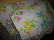 VINTAGE PACIFIC MIRACALE PINK BLUE GREEN YELLOW FLORAL (2) STANDARD PILLOWCASES